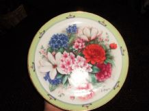 BOLD DISPLAY PLATE DANBURY MINT FLOWERS OF JAPAN WORLD BOUQUETS DOUG HAGUE 8.25""